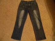 Продаются тонкие джинсовые брюки на девочку,  размер 25