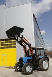 Навесной фронтальный погрузчик Frontlift 800 на базе тракторов МТЗ