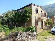 Коттедж с гаражом общ. пл. 174 м2 на морском побережье в Черногории