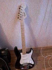 Продам электрогитару Fender с чехлом и джеком