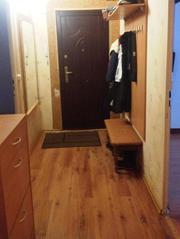 4-комнатная квартира на 1 этаже 5 этажного панельного дома под гостини